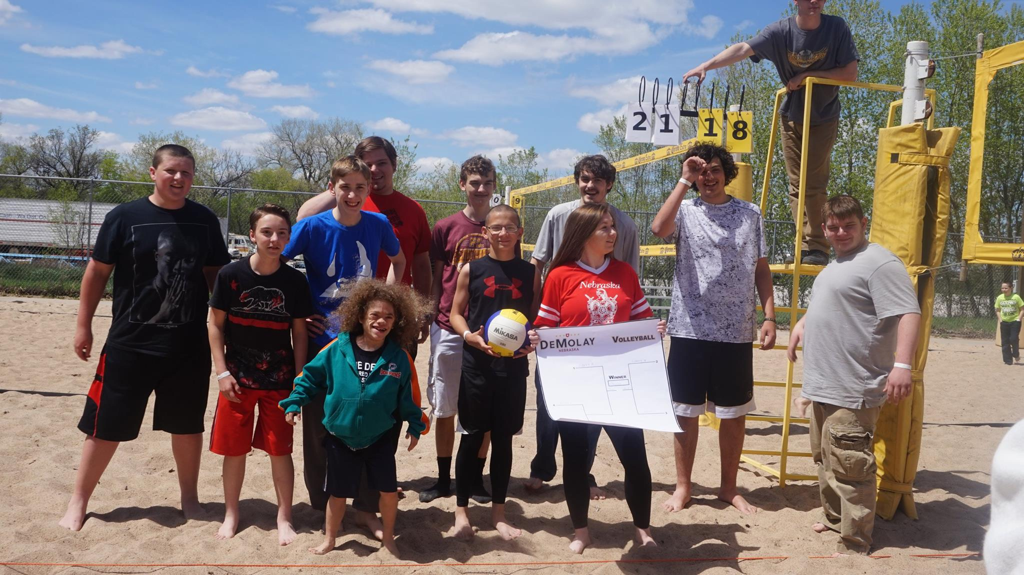 Omaha Chapter Wins Sand Volleyball 2017